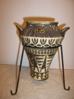 Bay - Unmarked Roman Style Vase Metal Legs