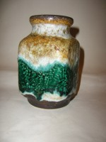 D & B 600-14 Green Fat Lava Pottery Vase