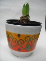 D & B Plant Pot West German